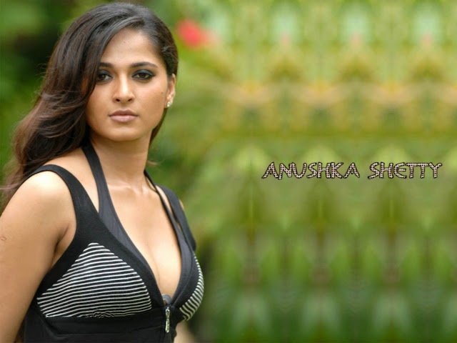 Anushka Shetty mind blowing sexy and beautiful eyes images