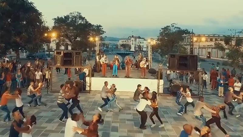 Septeto Santiaguero - ¨La Meneadera¨ - Videoclip - Dirección: David Hernández - Bhagavan Ishaya. Portal Del Vídeo Clip Cubano - 01