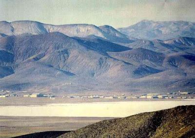 Investigador encuentra pruebas de platillos voladores en el Area 51