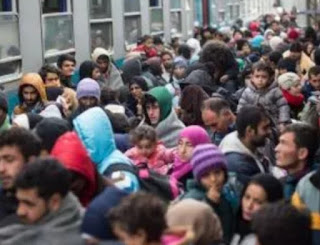 Just days before scores of countries sign up to a landmark United Nations migration pact, a number of European Union nations have begun joining the list of those not willing to endorse the agreement.