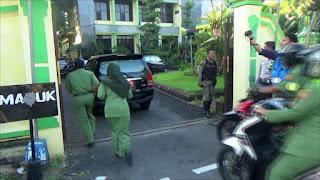 Terlambat Apel, Puluhan PNS Pemkab Jombang Pilih Bolos