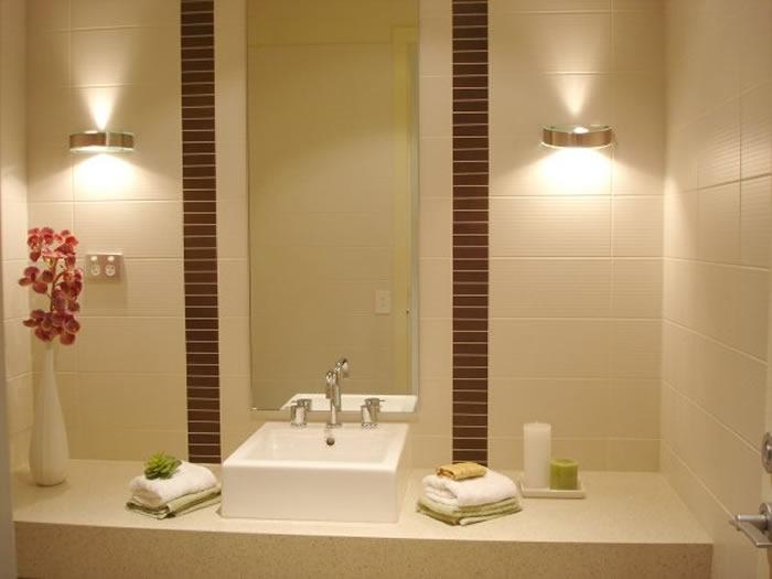 Iluminaci n puntual en el cuarto de ba o decoraci n de - Iluminacion de bano ...