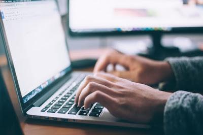 Produktif dari Dunia Online, Kenapa Enggak?