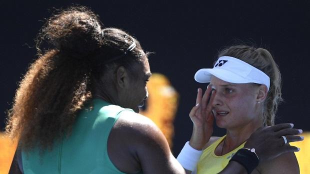 Open d'Australie: Indomptable, Serena Williams écrase et fait pleurer son adversaire