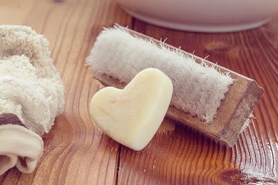 Prepara jabón de aloe vera casero