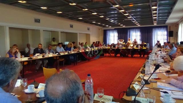 18 Περιφερειακοί Σύμβουλοι ζητούν να συνεδριάσει το Πε.Συ. για την πορεία της διαχείρισης των απορριμμάτων στην Πελοπόννησο