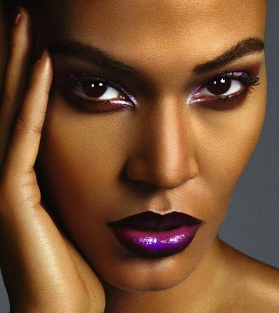 http://www.lush-fab-glam.com/2015/08/career-options-in-makeup-artistry.html