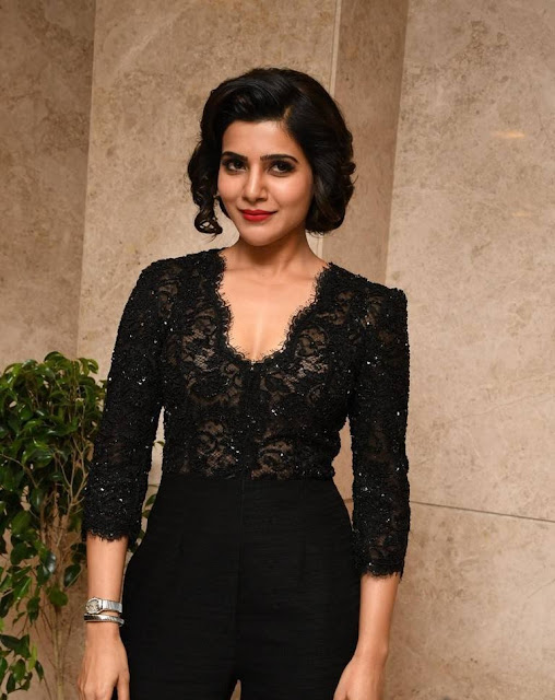 Samantha Hot Cleavage Photos At A Aa Movie Success Meet 2 - Samantha's sexiest 30 Hot Cleavage Photos-Seducing Images of her will blow your mind