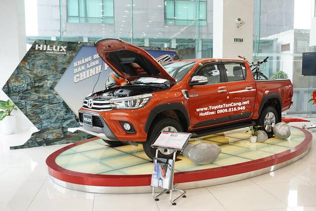 gia xe toyota hilux 2016 - Kỷ niệm 20 năm thành lập khuyến mãi lớn khi mua xe tại Toyota Hùng Vương - Muaxegiatot.vn