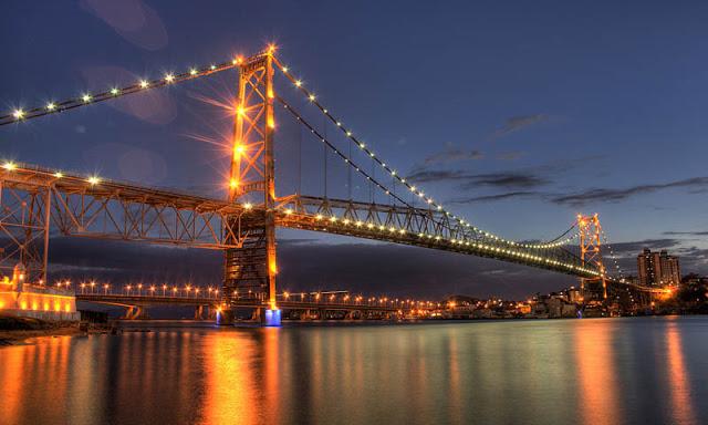 Noite em Florianópolis