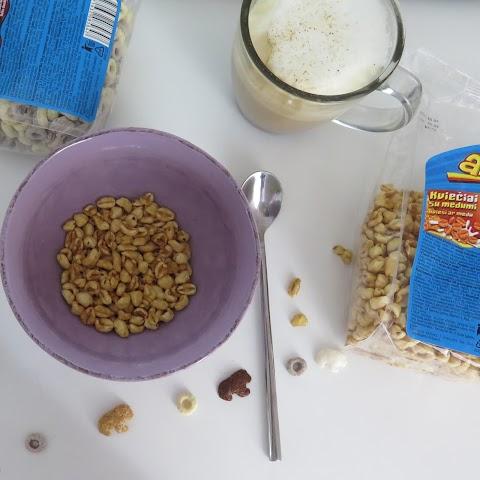 Pusryčiai su Aha skaniukais ir vaisių nektaru*