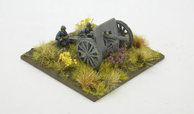 2 Field Artillery pieces & 4 crew models