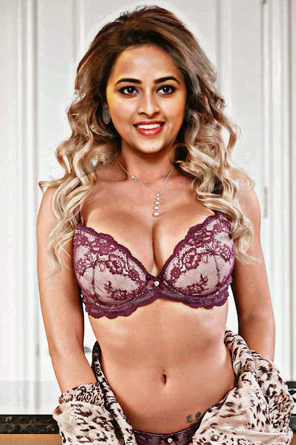 Sri Divya posing sexy lace bra hot cleavage nude navel audition photo