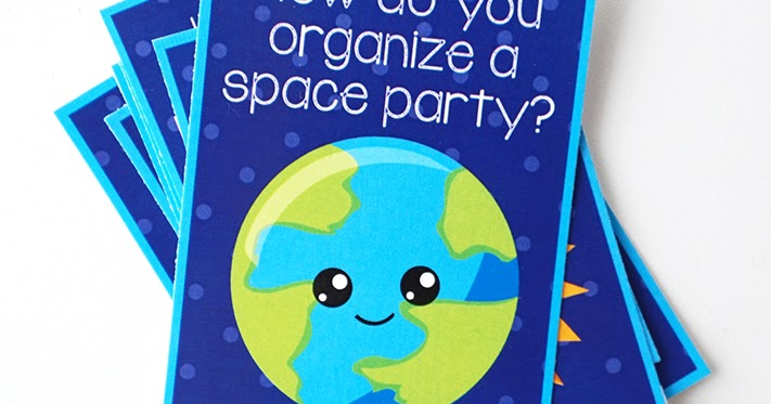 Free Printable Outer Space Jokes   artsy-fartsy mama