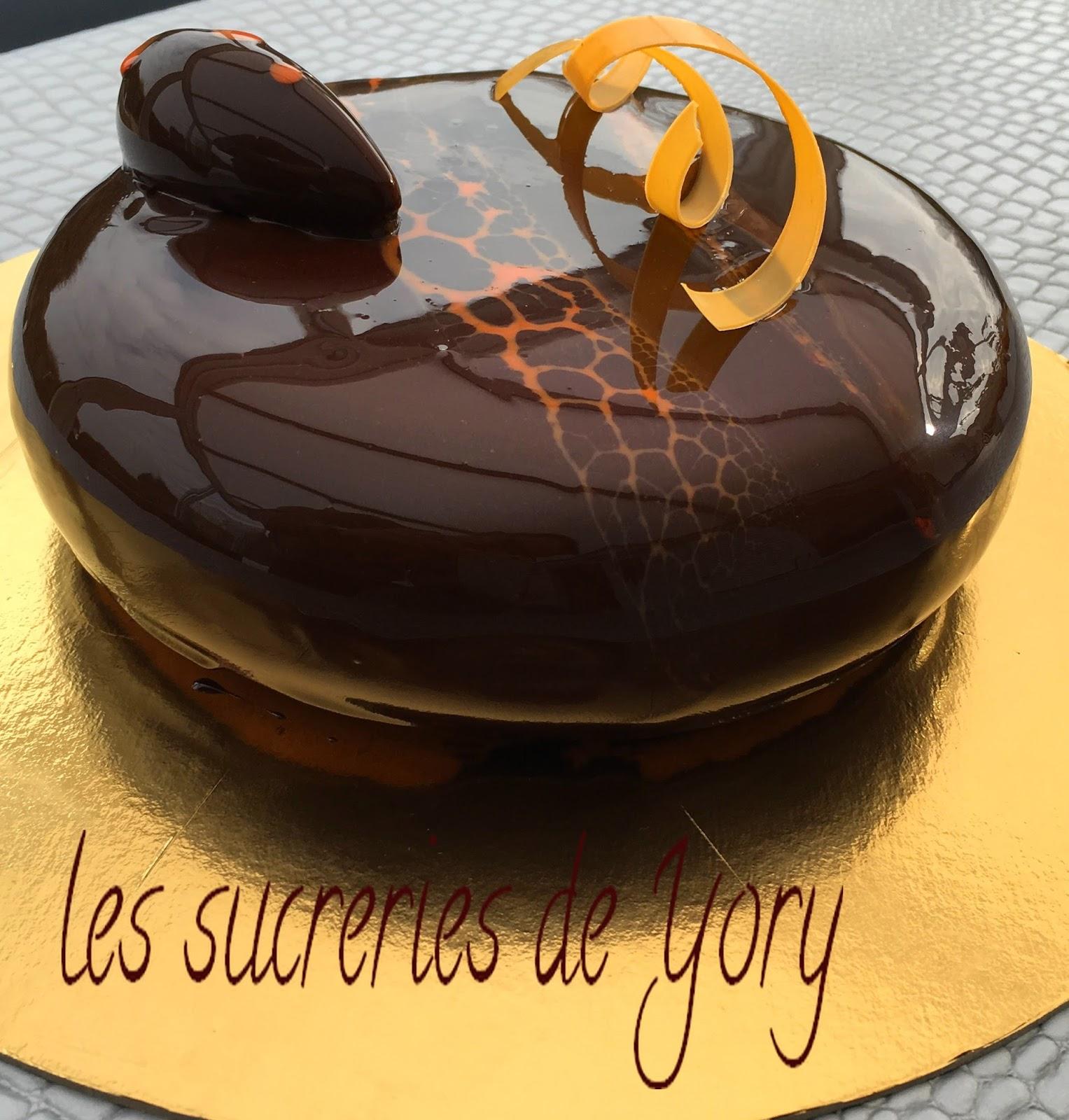 Les sucreries de yory g teau anniversaire 2 le choco passion for Glacage miroir neutre