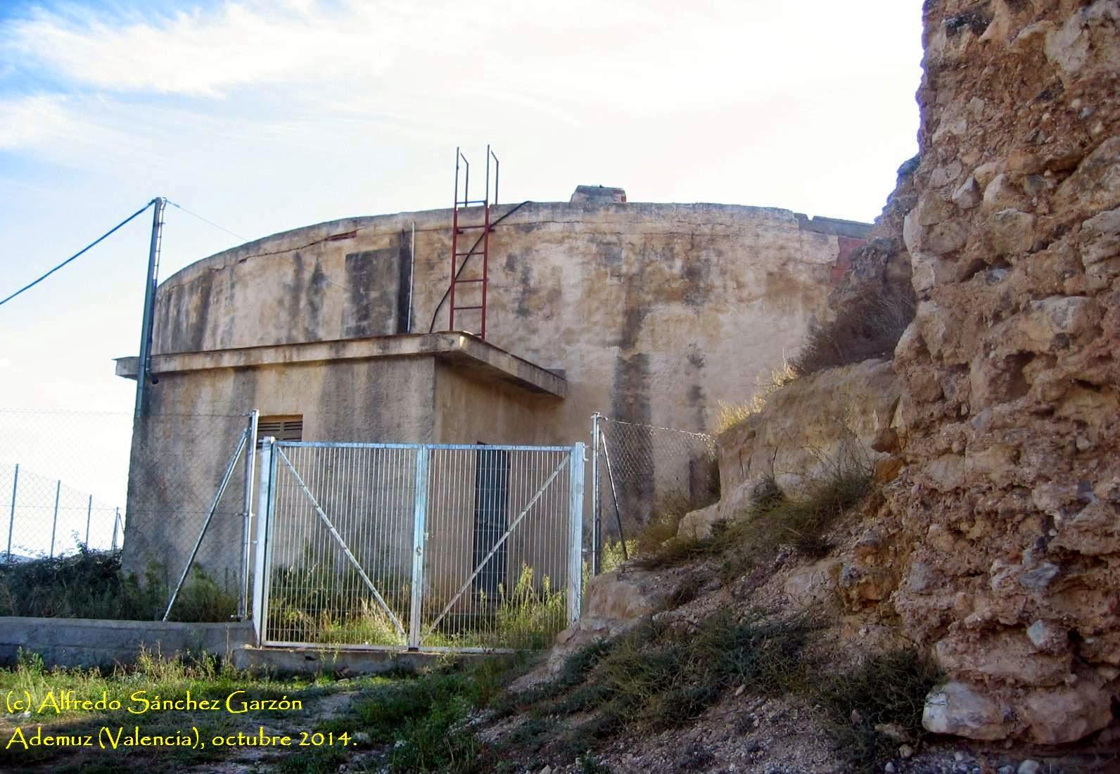 castillo-ademuz-deposito-agua