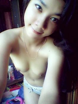 naked girls with big tits indonesian girls super hot 18