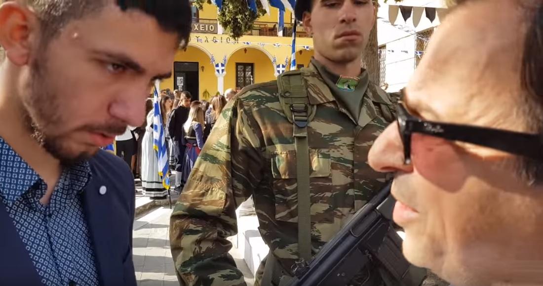 Νεαρός σε βουλευτή του ΣΥΡΙΖΑ: «Τολμάς να καταθέτεις στεφάνι ενώ πούλησες τη Μακεδονία;»