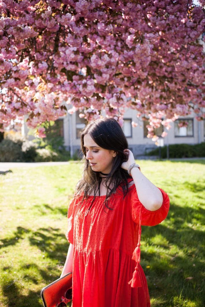 Outfit: H&M red off shoulder dress, wrap choker, cherry blossoms