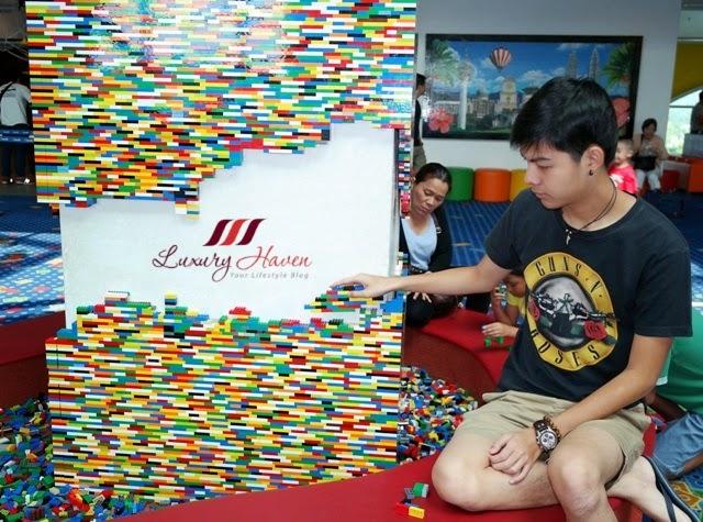 iskandar legoland hotel malaysia resort lobby lego bricks