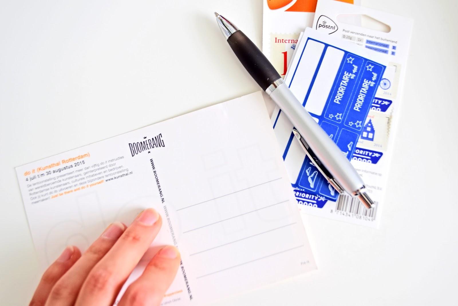 postcrossing.com sending postcards