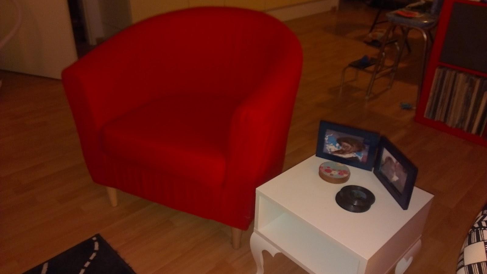 ace the adventure ikea vrijdag tullsta fauteuil armchair. Black Bedroom Furniture Sets. Home Design Ideas