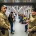 Seguranças e ambulantes vivem conflitos no Metrô e CPTM