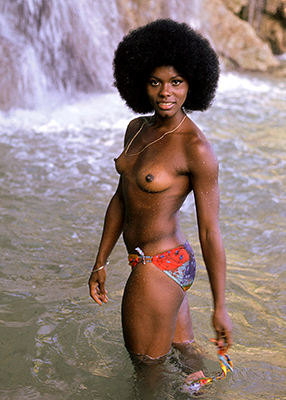 http://universalexportslimited.tumblr.com/post/94572856576/gloria-hendry-as-rosie-carver-in-live-and-let