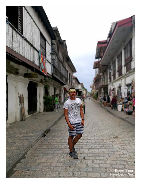 Mark Monta in Calle Crisologo, Vigan City