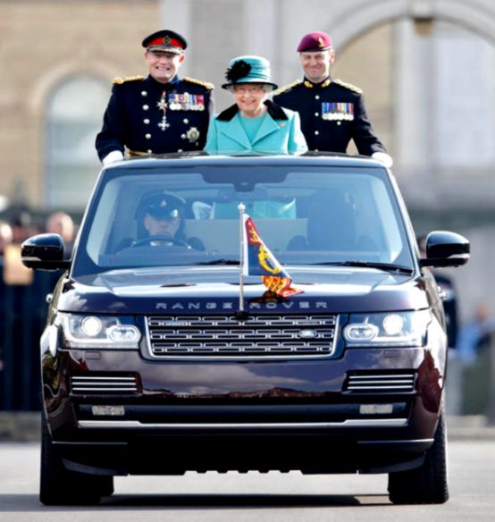 rover range owns corps queen royal engineers elizabeth ii 300th celebration anniversary land consulte kio fois eriba touring colonel