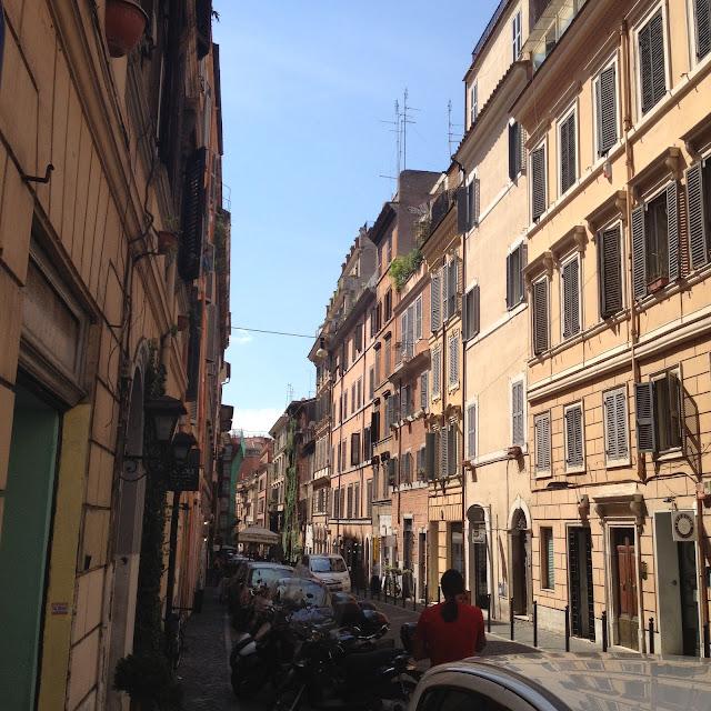 Rome, Roma, Voyage, Vlog, Roadtrip, Blog, Monti, Ruelle, Rue, Street, Monti Street,