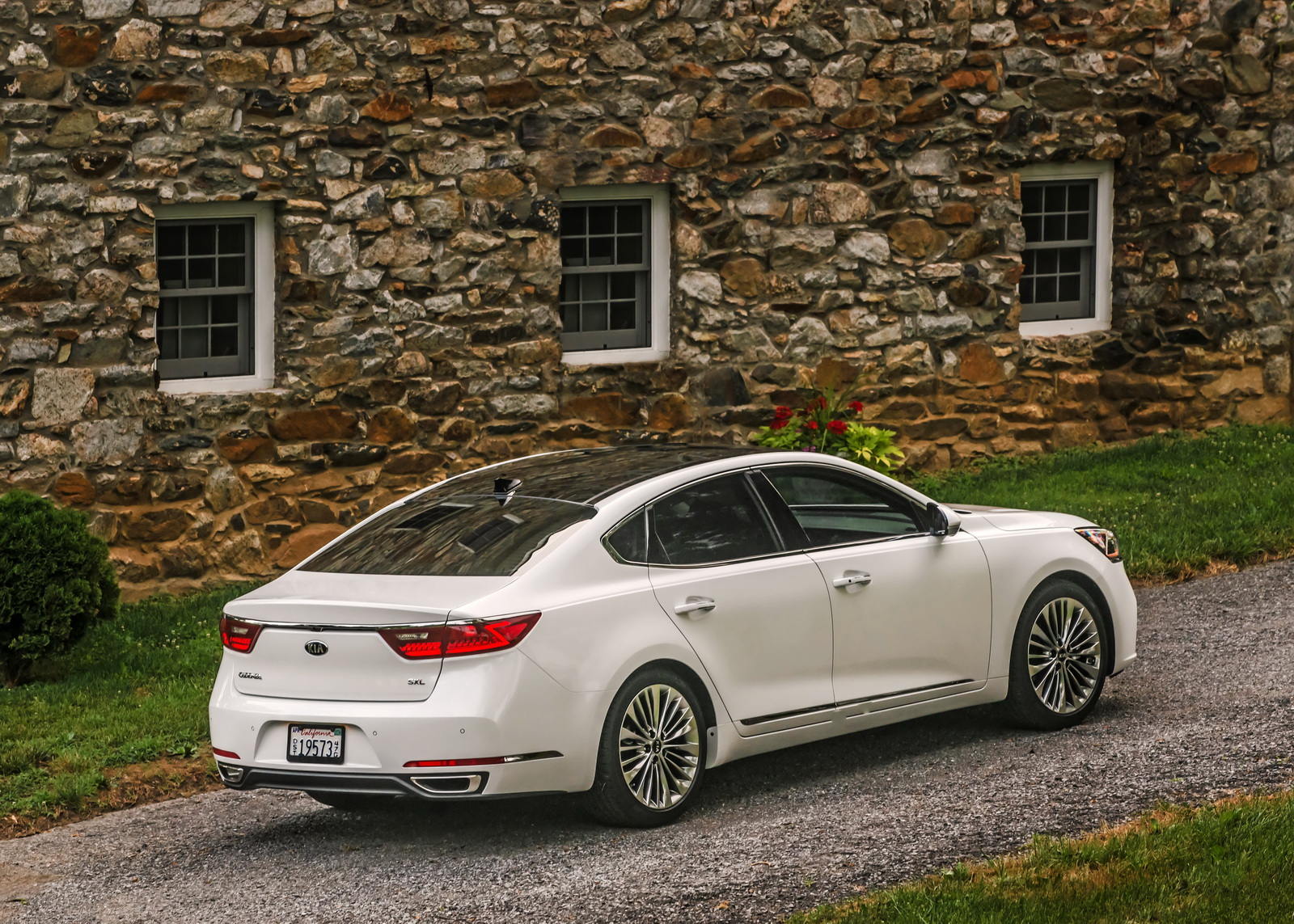 All New 2017 Kia Cadenza Brings More Luxury And Refinement