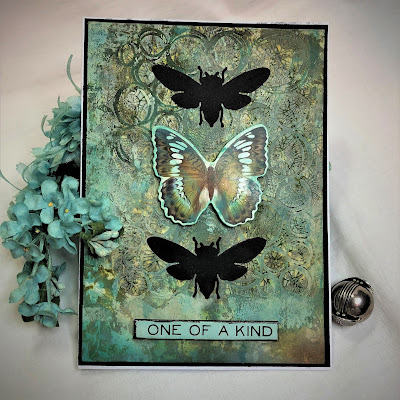 Sara Emily Barker https://sarascloset1.blogspot.com/2018/11/one-of-kind-mixed-media-card.html One of a Kind Mixed Media Card with Tim Holtz Stampers Anonymous, Sizzix Alterations, Ideaology and Distress 1