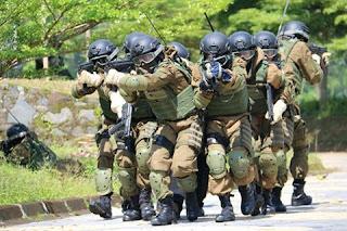 Indonesia Perkuat Alat Pertahanan di Perairan Natuna