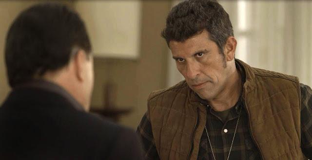 Machado quer saber quem está ligando para Olavo (Imagem: Reprodução/TV Globo)