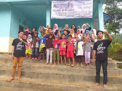 Komunitas baca Lampung NgoPi