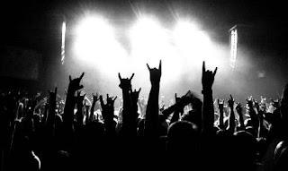 Símbolo de los cuernos - concierto de Heavy Metal