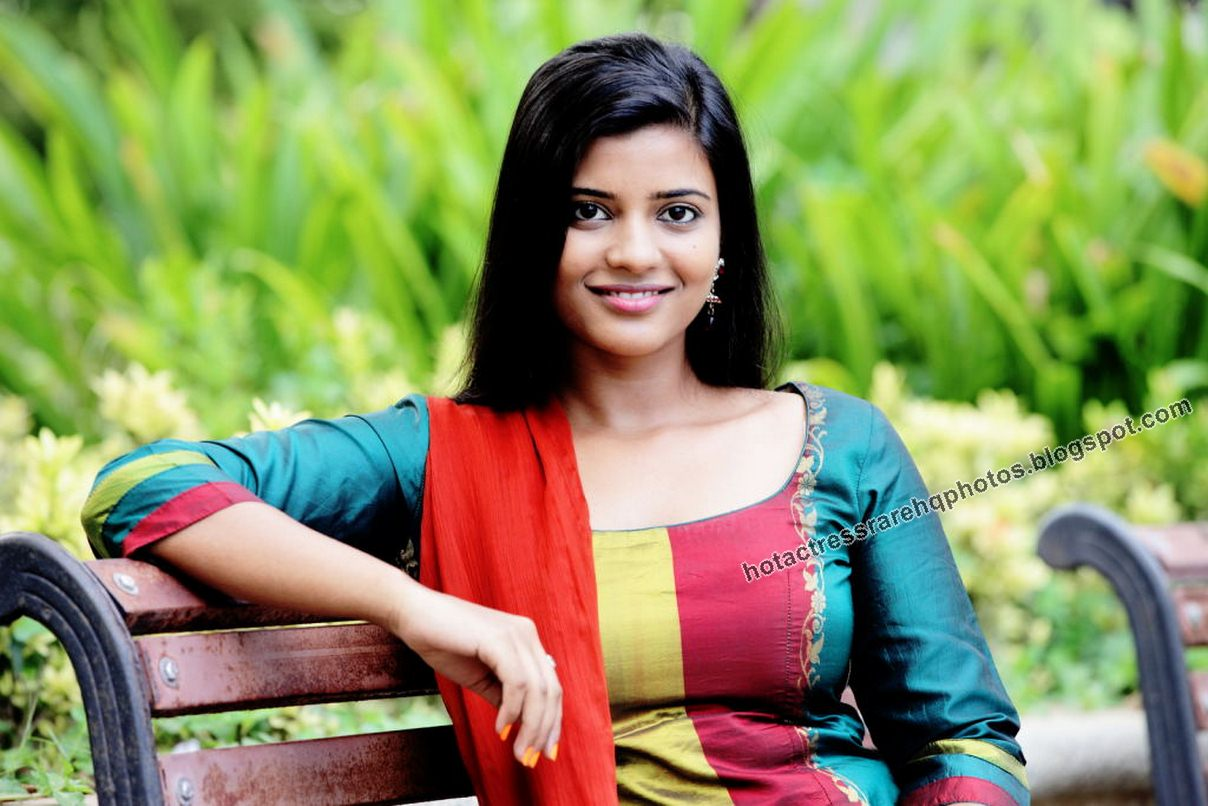 Hot Indian Actress Rare Hq Photos Tamil Tv Serial Actress -9130