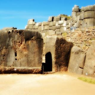 Uma das Entradas de Sacsayhuaman, em Cusco