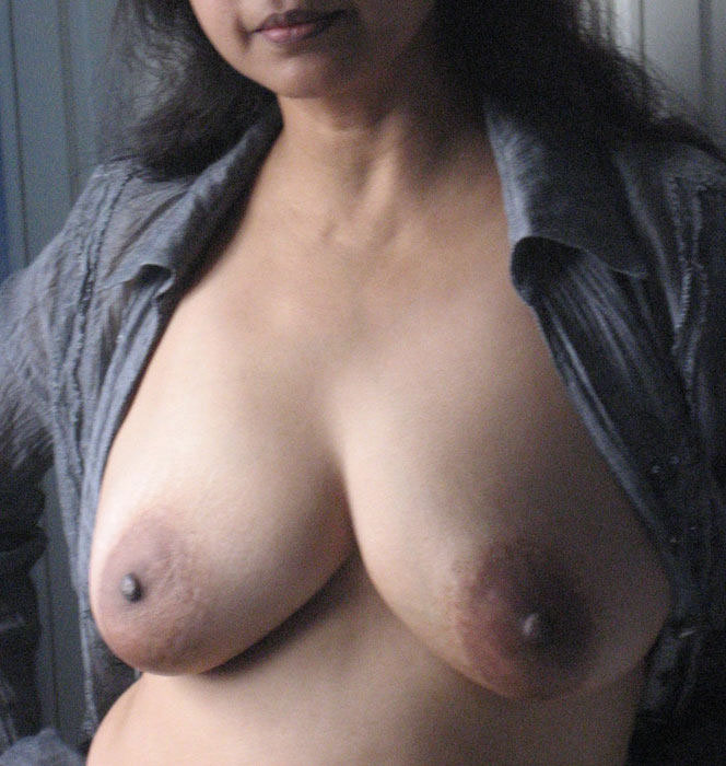 pictures indian breasts free