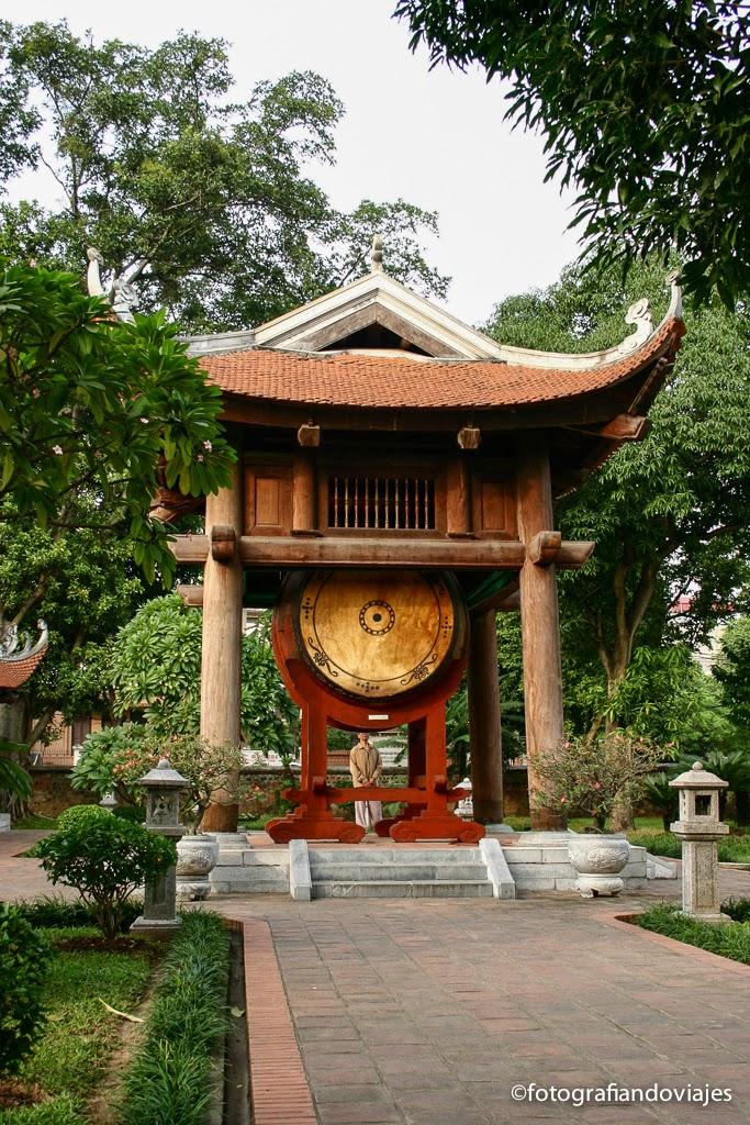 tambor de van mieu en Hanoi