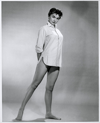 http://damsellover.tumblr.com/post/150837650290/joanne-dru