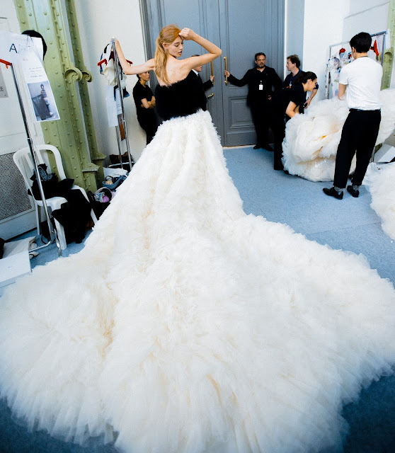 Giambattista Valli Fall 2015 Haute Couture - Paris Fashion Week - Backstage