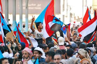 طعنه جديدة للشرعية والتحالف ... الانفصاليين بعدن يتحالفون مع الانقلابيين بصنعاء