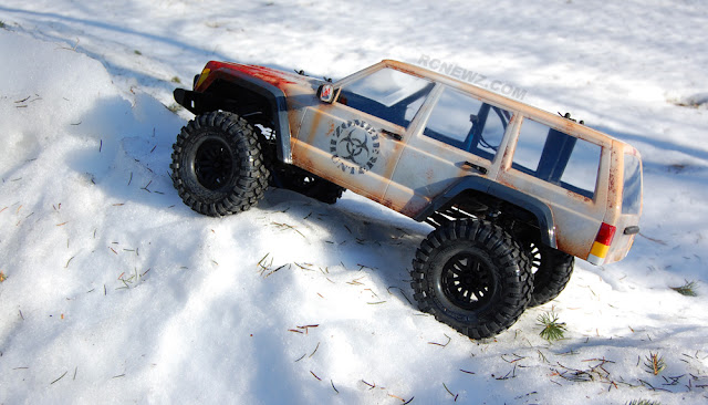 Traxxas TRX-4 snow day fun