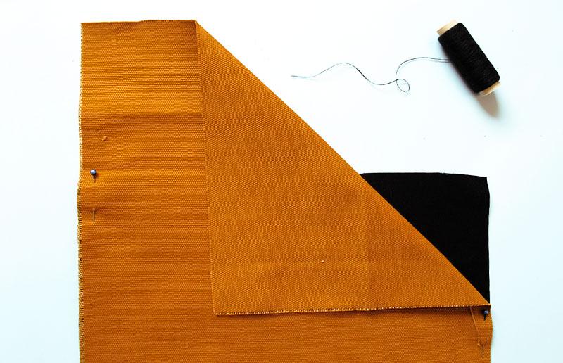 Alinhe bem os tecidos com alfinetes