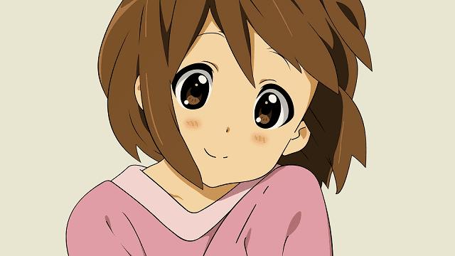 meskipun terlihat seperti anak kecil, yui hirasawa memiliki sifat dewasa