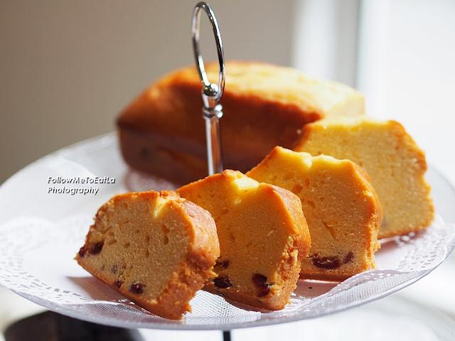 Orange Cranberry Travel Cake