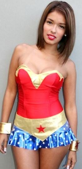 Foto de Shirley Arica vestida por Halloween