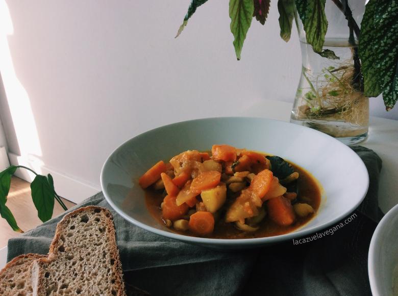 Guisado vegano de invierno - La Cazuela Vegana